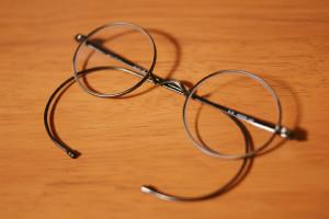 ジョン・レノンの眼鏡